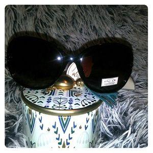 O by Oscar de la Renta | Sunglasses